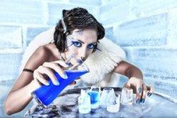 Какая косметика должна храниться в холодильнике?